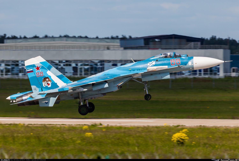 Loading su 33 flanker d carrier based fighter jet su 27 - Award Winner Built Trumpeter 1 72 Sukhoi Su 33 Carrier Based Fighter Pe Ebay