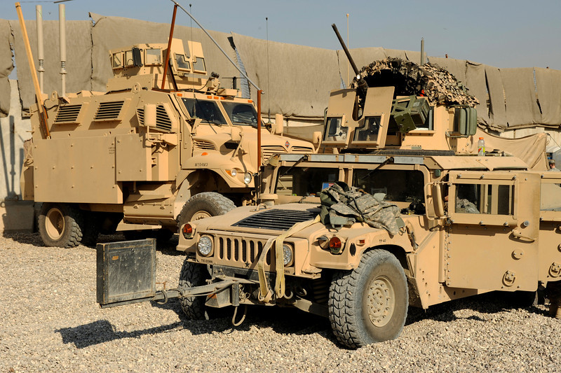 Award Winner Built Bronco 1 35 Humvee M1114 Up Armored Ha