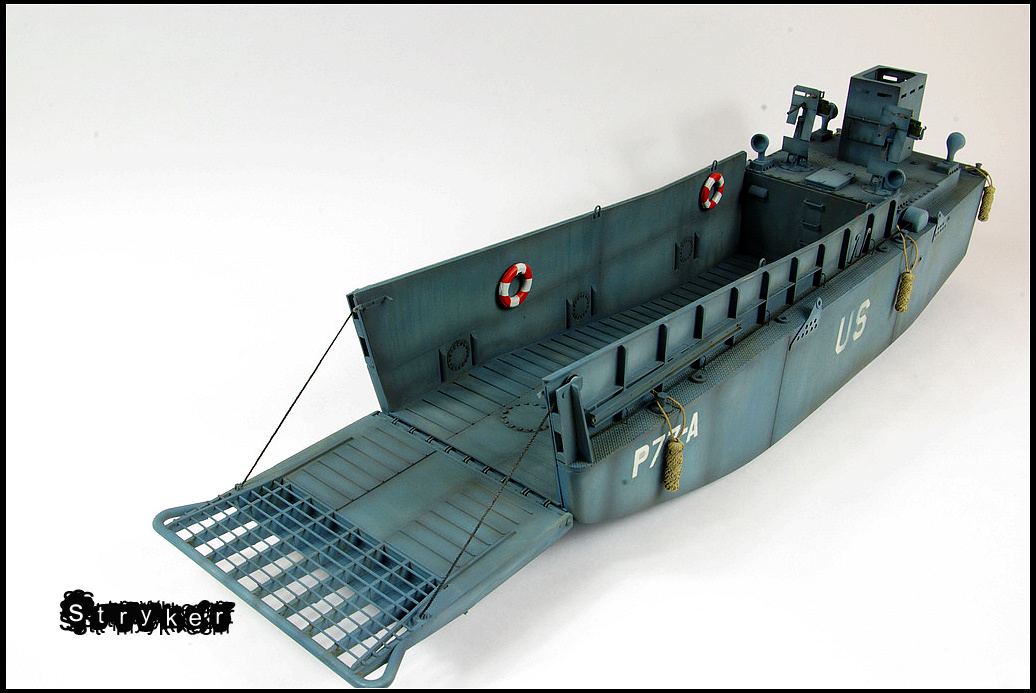 Award Winner Built Trumpeter 1/35 US Navy LCM(3) Landing ...
