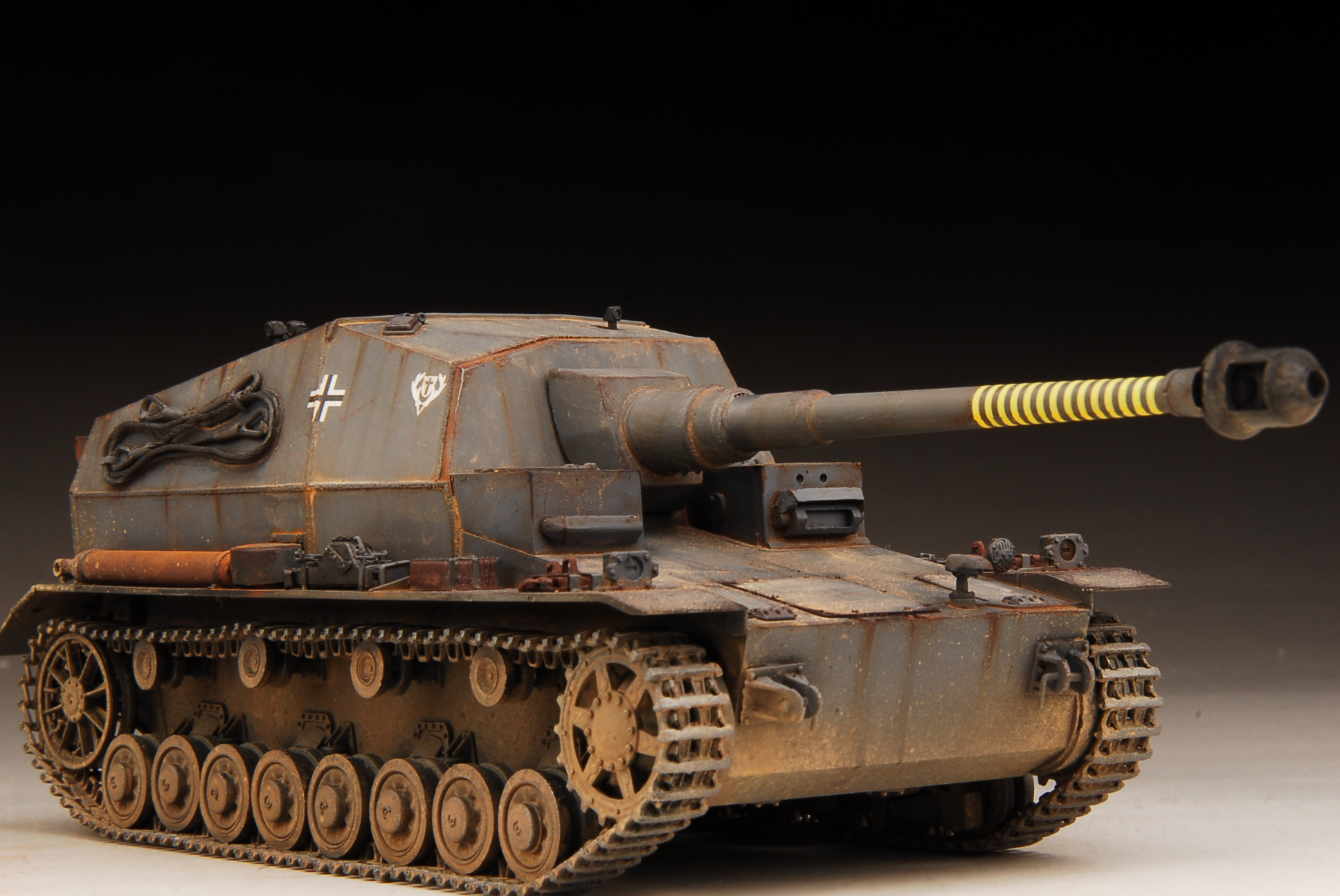 Details about Award Winner Built 1/35 German 10 5cm Pz sfl IV a Dicker Max  Anti-Tank Gun+PE